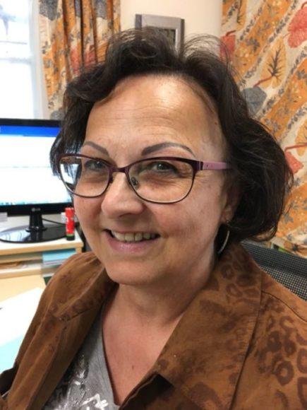 Sekretärin Frau Thar
